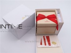 CARTIER BOX SET WITH BOOKLET BAG.