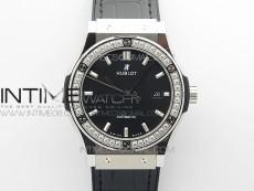 Classic Fusion 42mm SS Paved Diamonds Bezel B50F Black Dial On Black Gummy Strap A2892